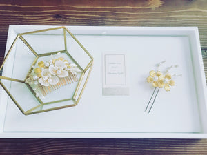 The Pearl Floral Comb