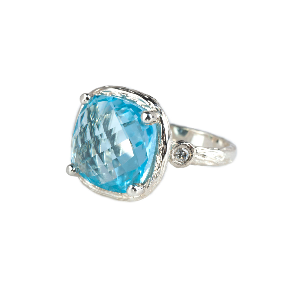 Riverbend Collection Sterling Silver Blue Topaz Ring