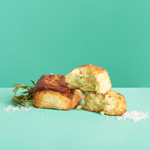 Rosemary Buttermilk Biscuits (6 Pieces)