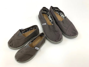 TOMS | Assorted Shoes | HALF-PALLET | KID'S | 250 Pairs.