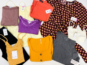 Popular Retailers | Women's Apparel | Economy | RETURNS | Tag-Price: $29.99 or Less | Assorted Bundle