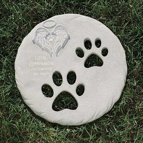 "PET MEMORIAL STEPPING STONE 9.75""D"