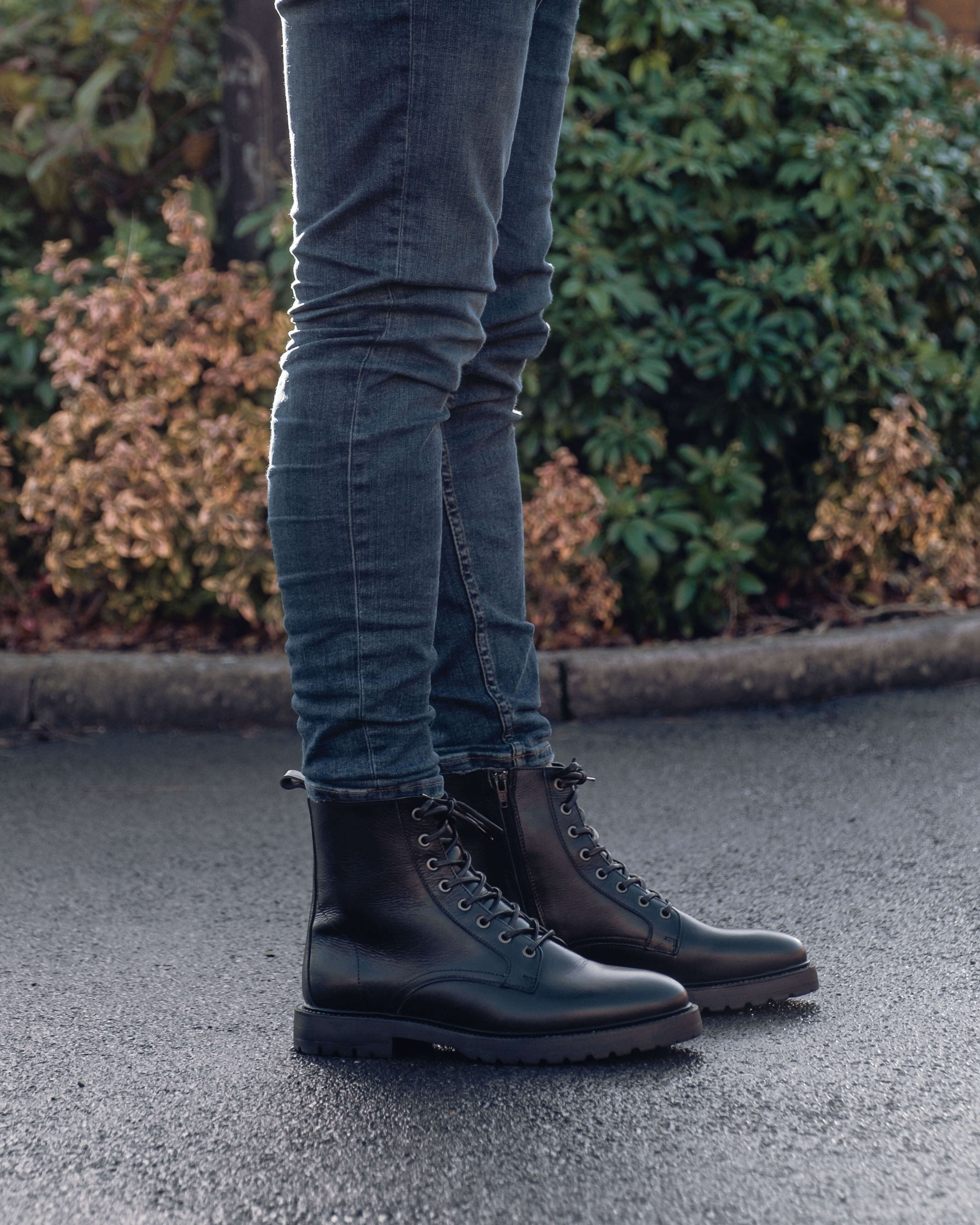 rolled up jeans with boots men
