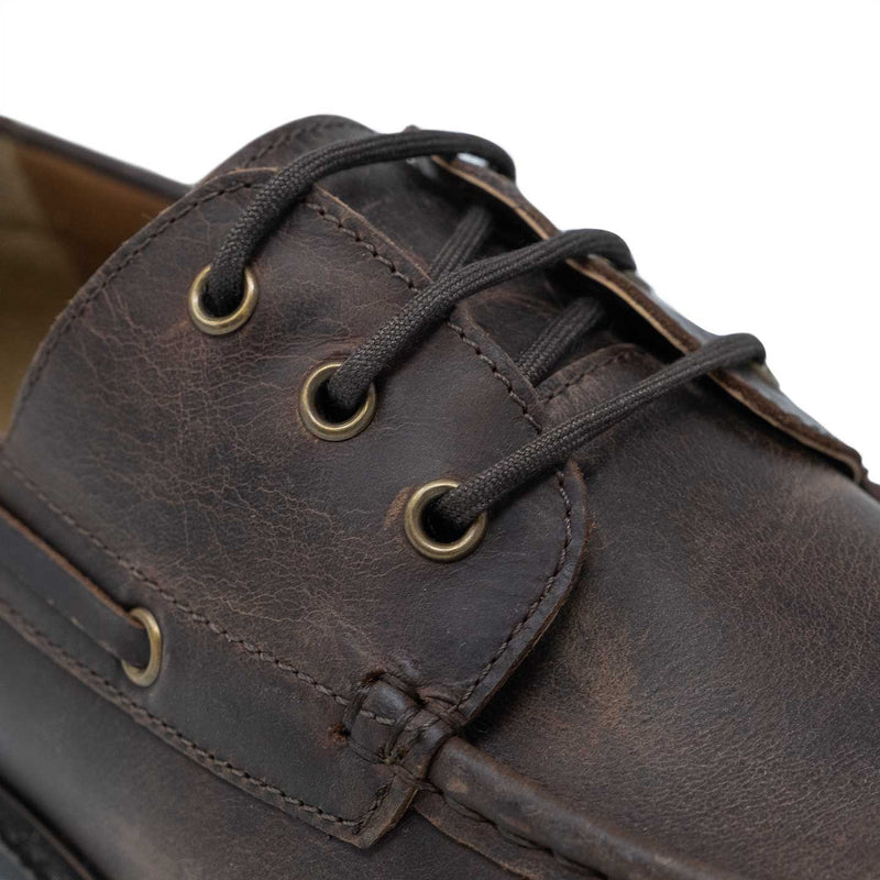 Boat Shoe Three Eyelet Derby Fastening