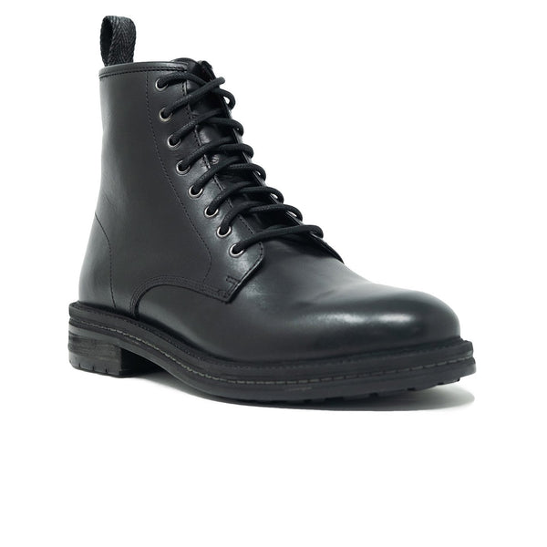 Walk London Wolf Toecap Boot, angle profile on a white background