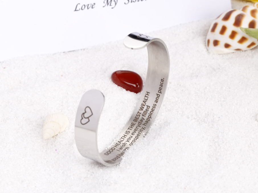 GOOD HEALTH IS THE BEST WEALTH BANGLE
