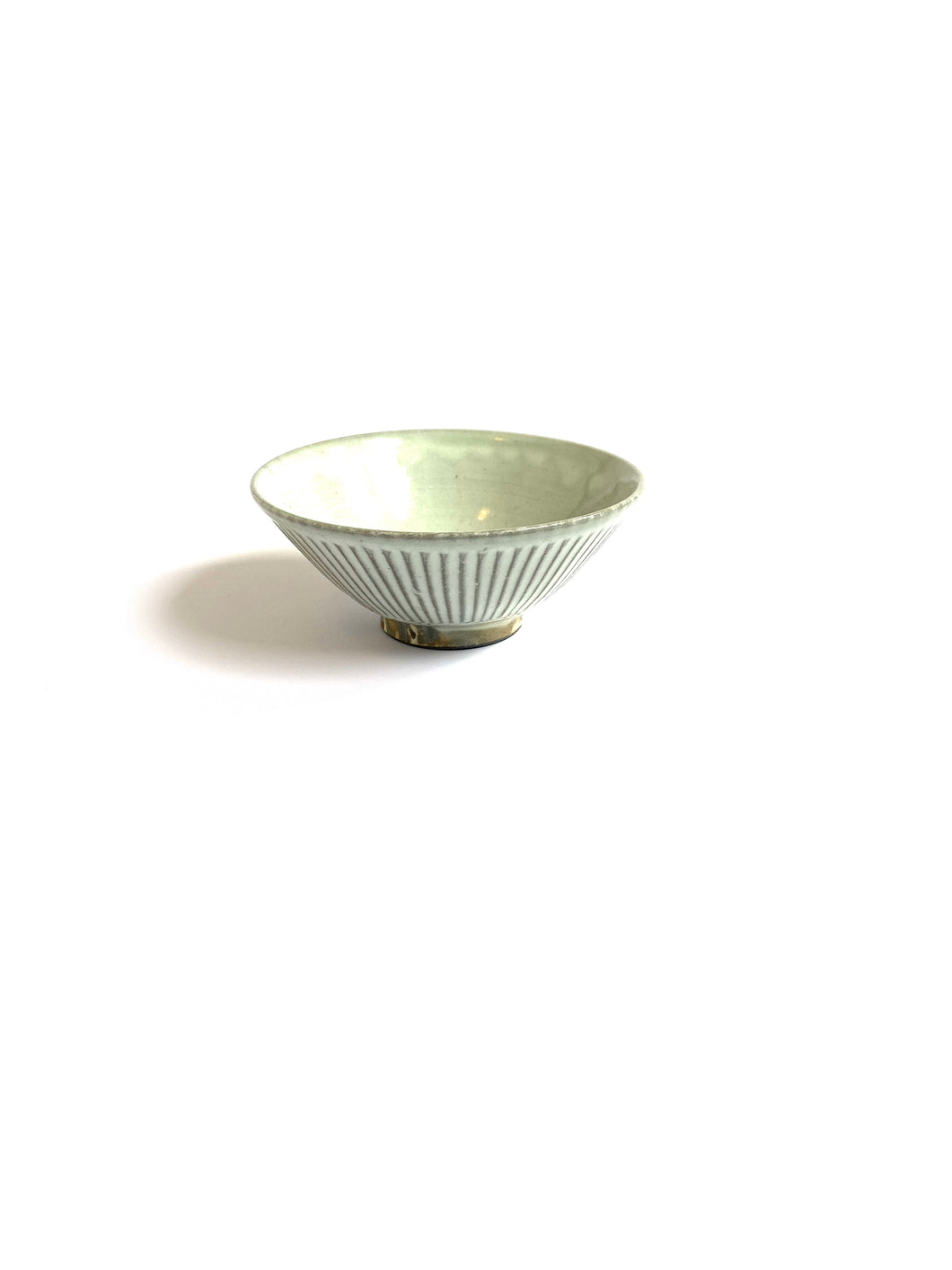 Japanese Ceramic Rice Bowl Shinogi - 粉引平茶碗鎬文