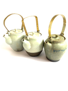Japanese Ceramic Dobin Tea Pot Uroko - 粉引土瓶鱗柄