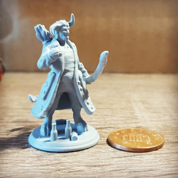UV Resin 3D Printing - How we make a D&D Miniature