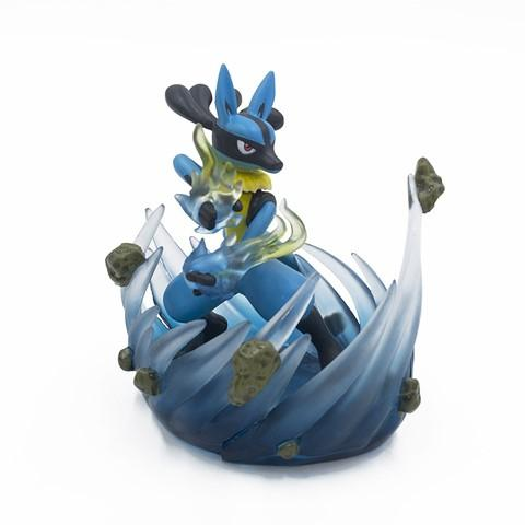 figurine pokemon lucario