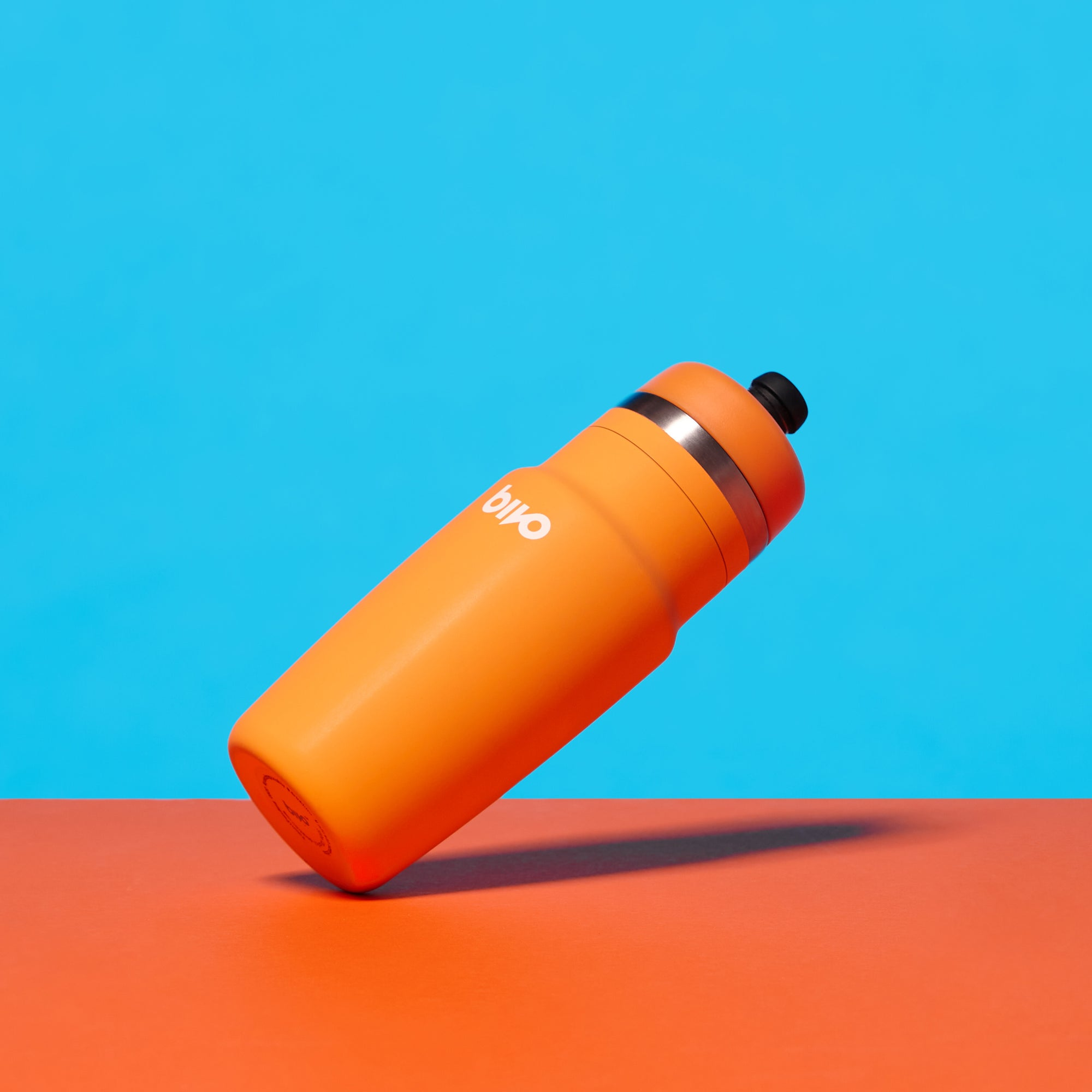 Bivo One stainless steel performance bike water bottle with a flow-rate fit for astronauts. Built so you never have to experience the taste of mold or plastic again. Clean taste. High flow. Dishwasher safe.