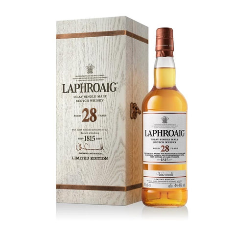Laphroaig, 28 Years, 44,4%, 70 Cl. Single Malt - Ludv. Bjørns Vinhandel