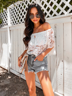 'Olivia' Lace Crop Top