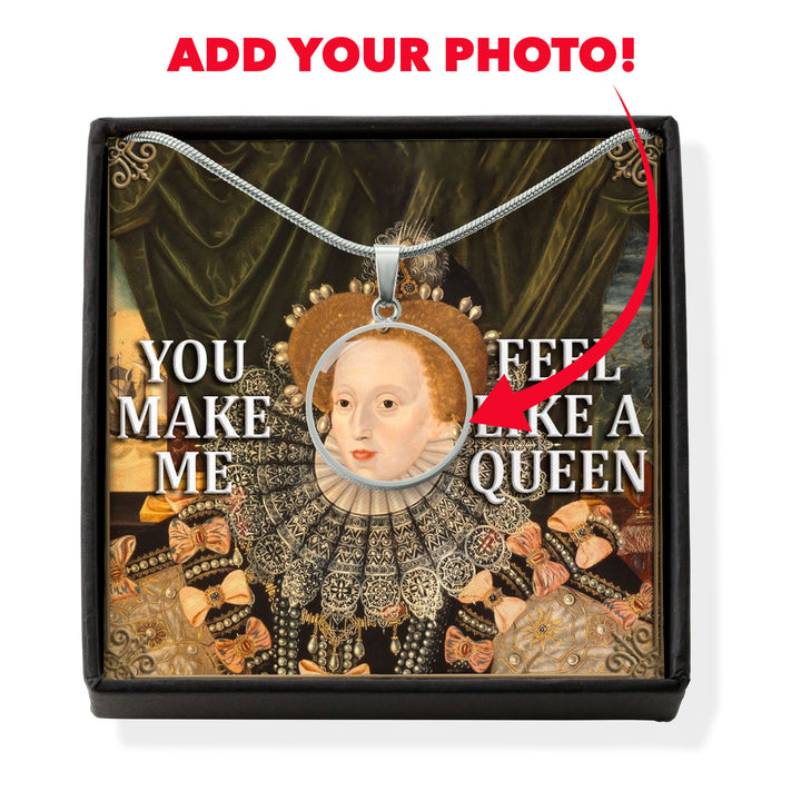 Queen Elizabeth I Circle Pendant with POD Message Card