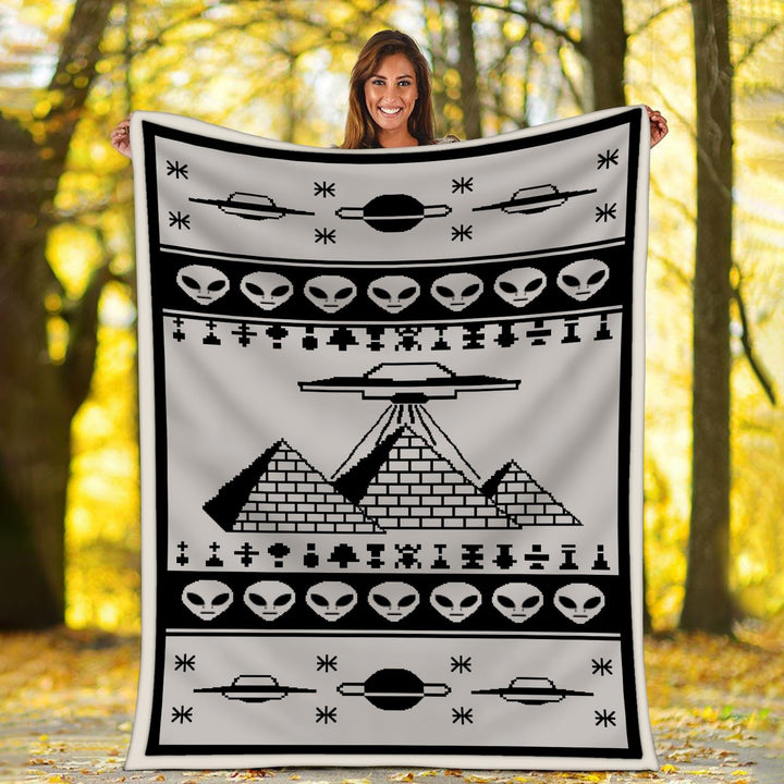 Ancient Aliens Pyramid Blannket Blanket / S (51 X 59 Inches - 4 5 Feet ) Qr1817