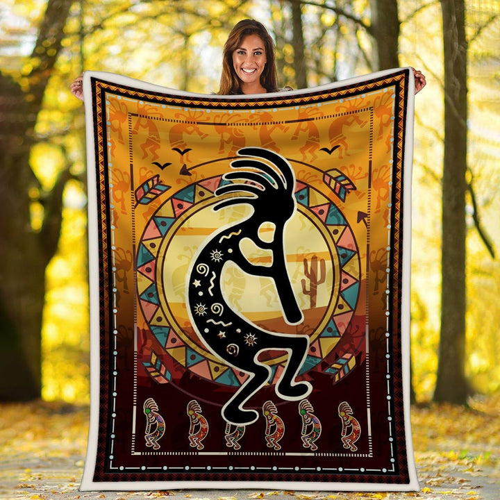 Kokopelli Playing Flute Primitive Southwest Blanket G767 / S (51 X 59 Inches - 4 5 Feet )