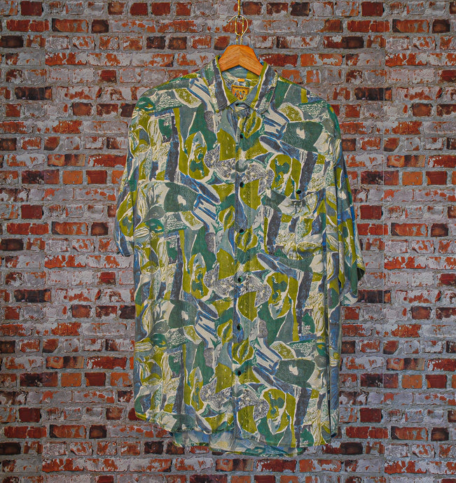 Abstract-Vintage-Shirt-Front
