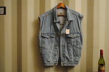 Load image into Gallery viewer, Sleeveless Jeans Jacket