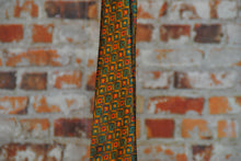 Load image into Gallery viewer, Fresh-Vintage-Royal-Tie-Zoom