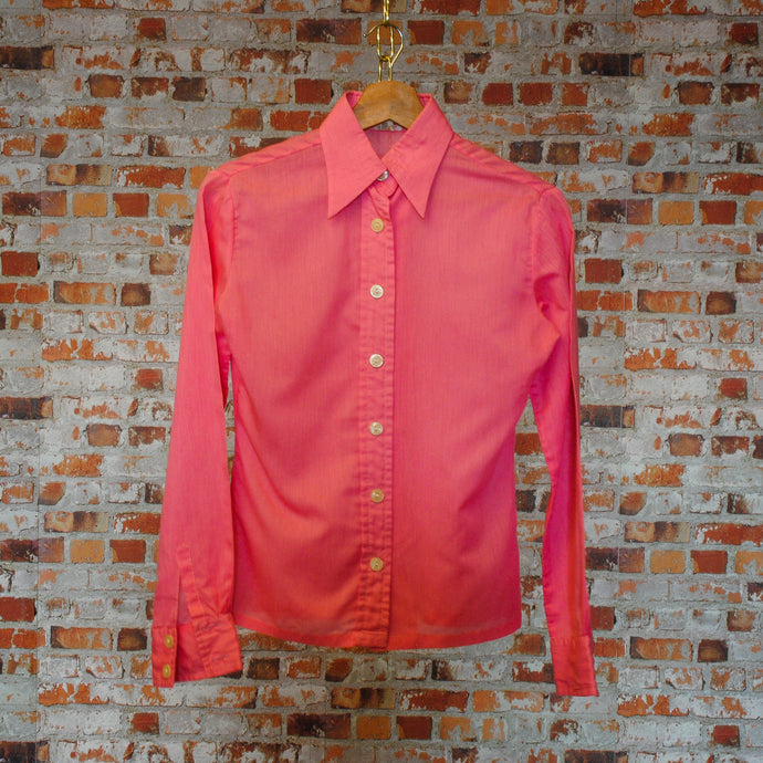 soft-pink-secondhand-blouse-on-hanger-front