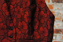 Load image into Gallery viewer, fresh-vintage-jaren-90-gilet-in-bordeaux-met-bloemen-patroon