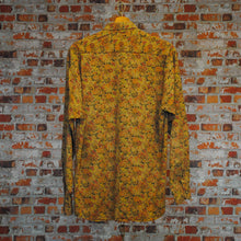Load image into Gallery viewer, vintage-shirt-with-brown-floral-pattern-back