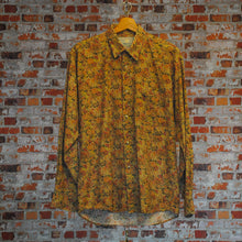 Load image into Gallery viewer, vintage-shirt-in-brown-floral-pattern
