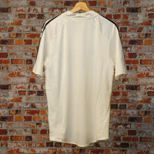 Load image into Gallery viewer, fresh-vintage-white-soccer-shirt-back