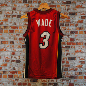 miami-basket-ball-jersey-back-number-3-name-wade