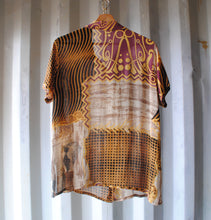 Load image into Gallery viewer, fresh-vintage-patterned-funky-vintage-shirt-back