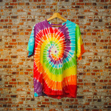 Load image into Gallery viewer, regenboog-tie-dye-tshirt