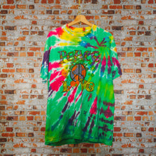 Load image into Gallery viewer, groen-tie-dye-tshirt-met-peace-and-love-illustratie