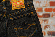 Load image into Gallery viewer, fresh-vintage-zwarte-jeans-short-zoom-achterkant