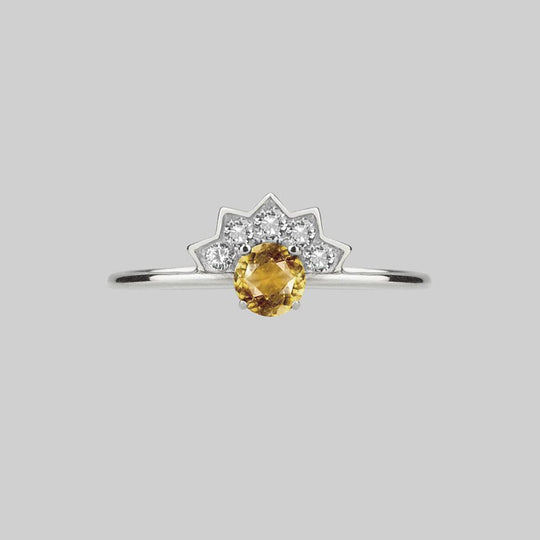 FLAPPER. Citrine Sunburst Silver Ring