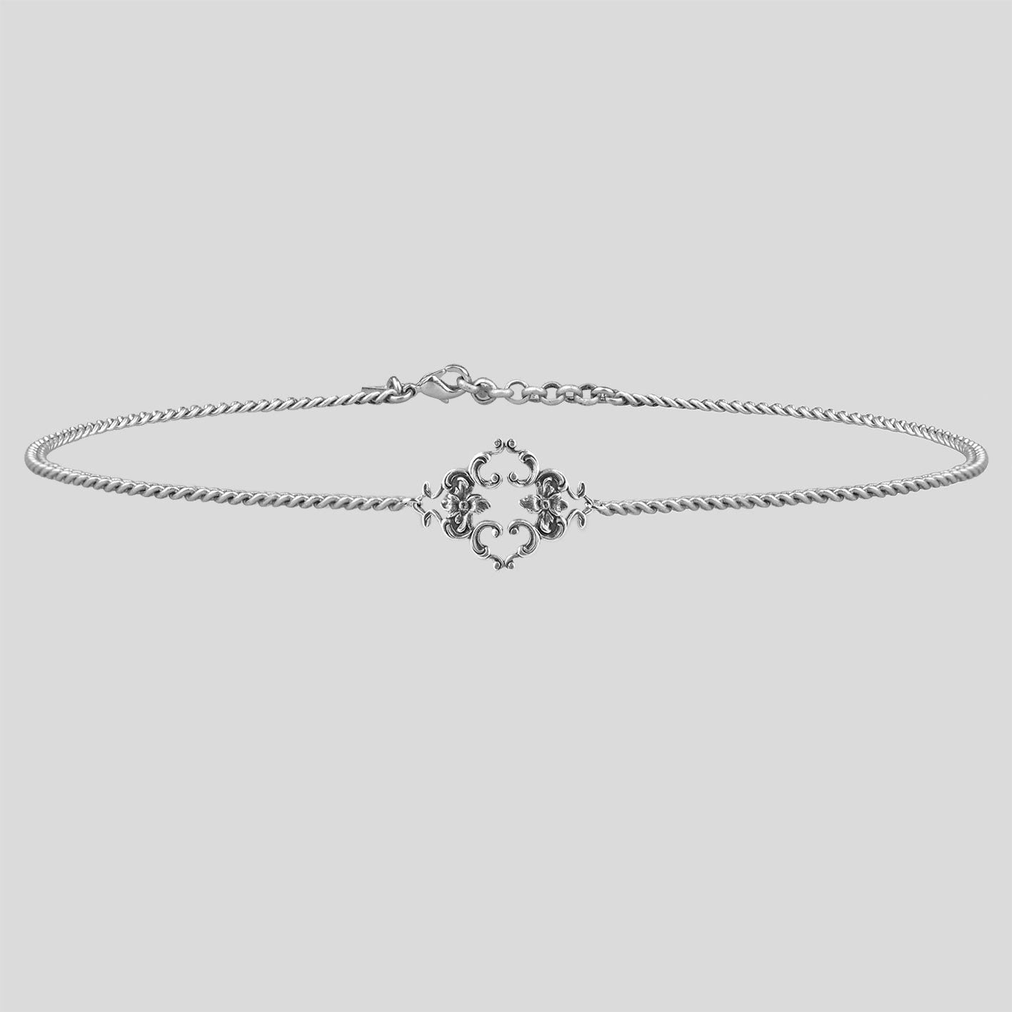 Detailed Silver Chain Choker - front view