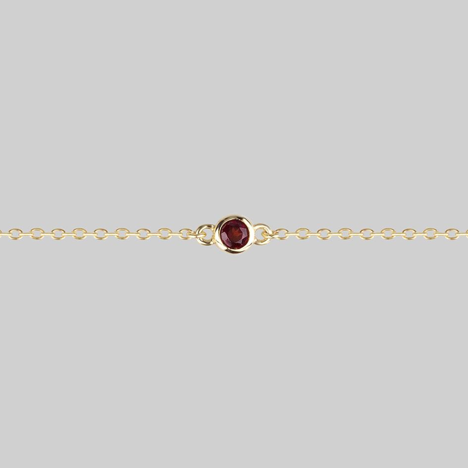 DEVIL'S STARE. Simple Garnet Chain Choker - Gold