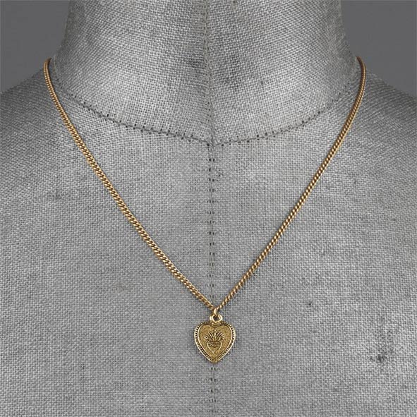 ARDOUR. Sacred Heart Charm Necklace - Gold