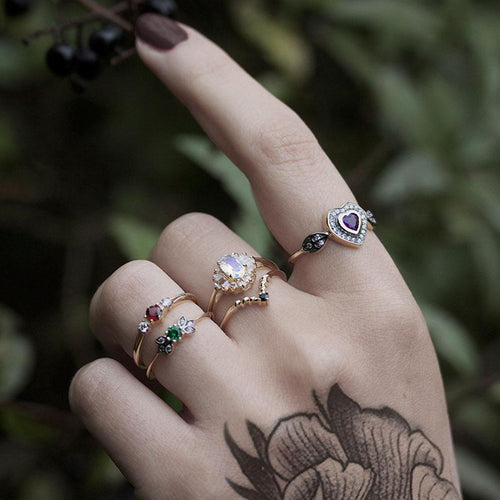 ENCHANTE. Green Quartz Silver Leaf Detailed Ring