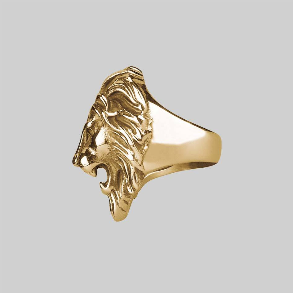 ANWAR. Chunky Lion Head Silver Ring - Gold