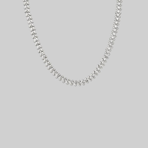 Textured silver V-link collar necklace