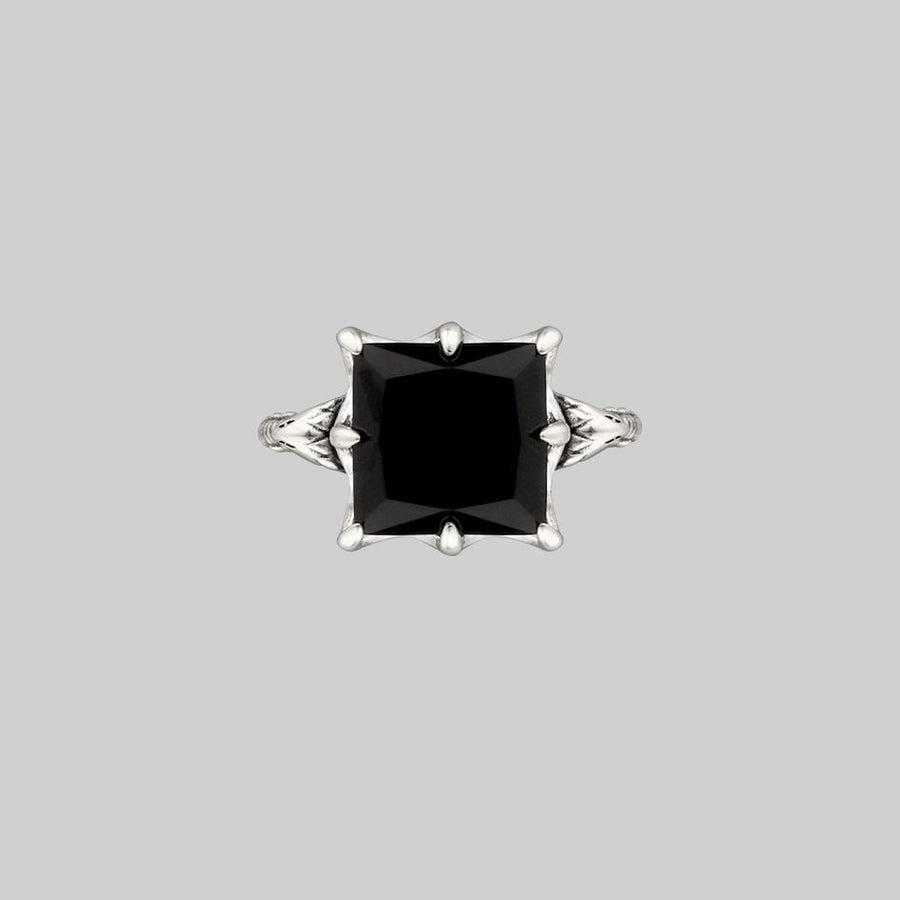 BITTERSWEET. Double Serpent Onyx Ring - Silver