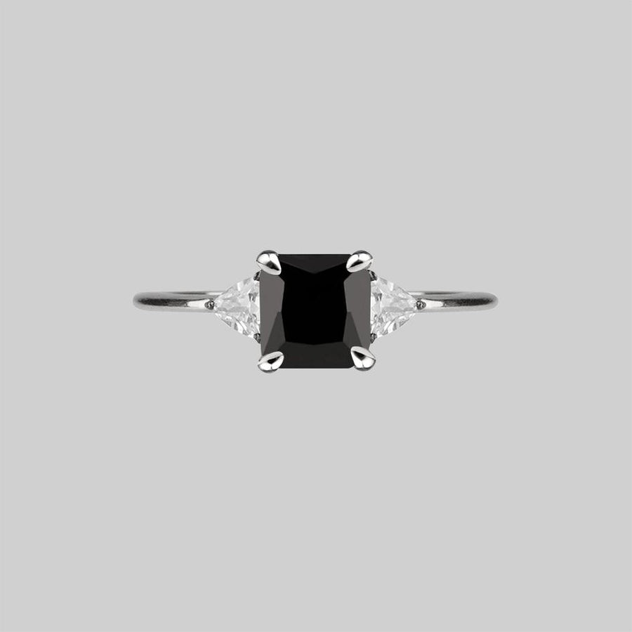 black spinel gemstone ring silver