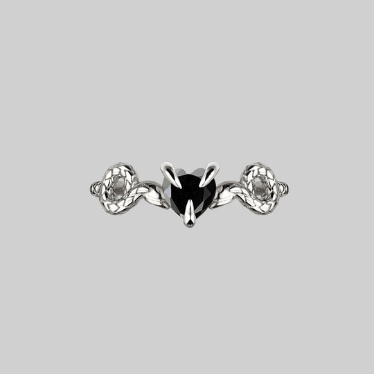 DESIRE. Snakes & Heart Onyx Ring - Silver