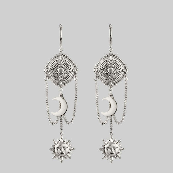 EQUINOX. Celestial Path Chain Hoop Earrings - Silver
