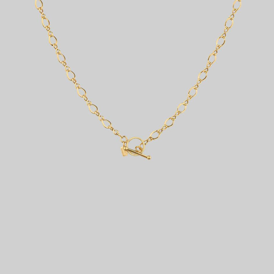 textured layering t-bar chain
