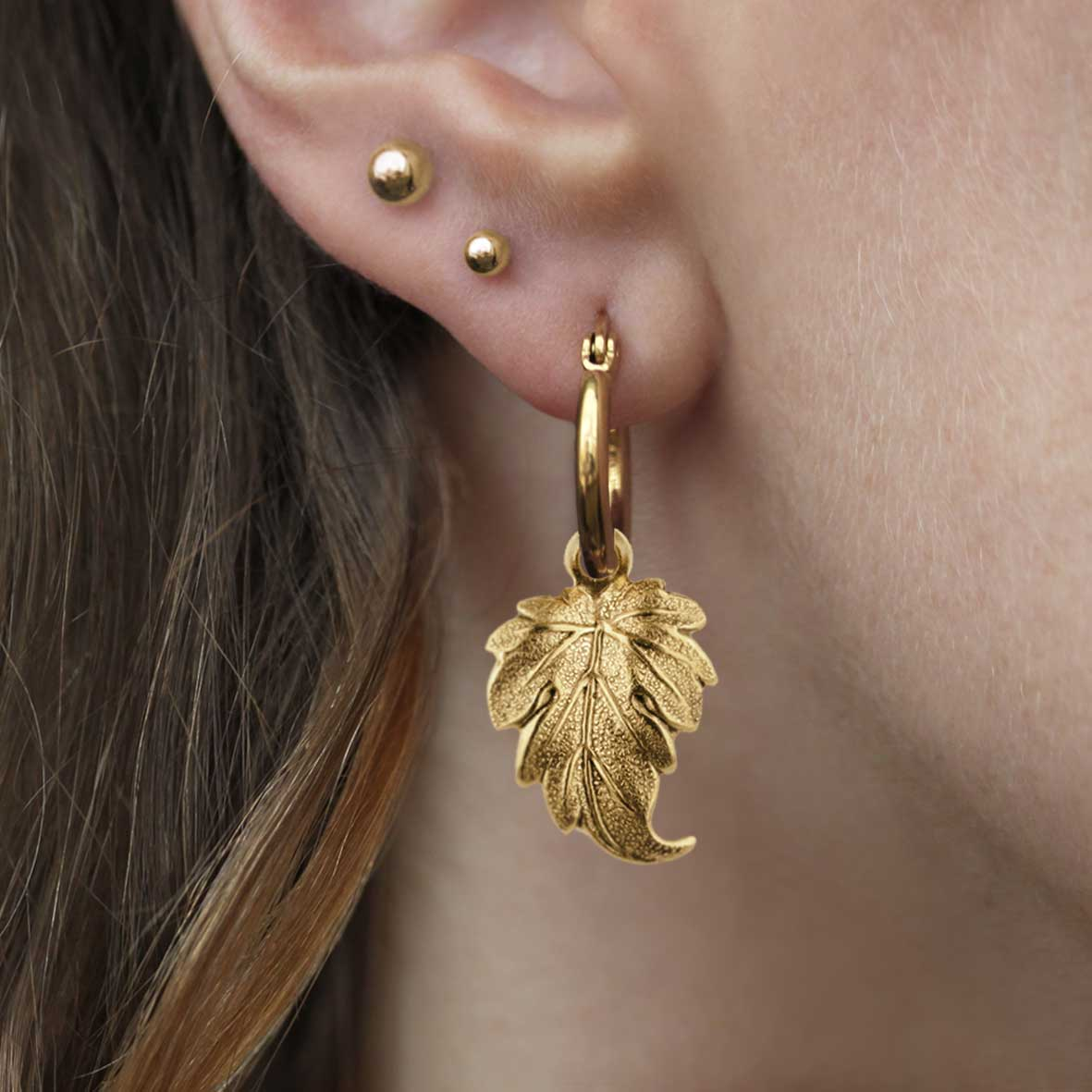 IVY. Winter Leaf Hoop Earrings - Gold
