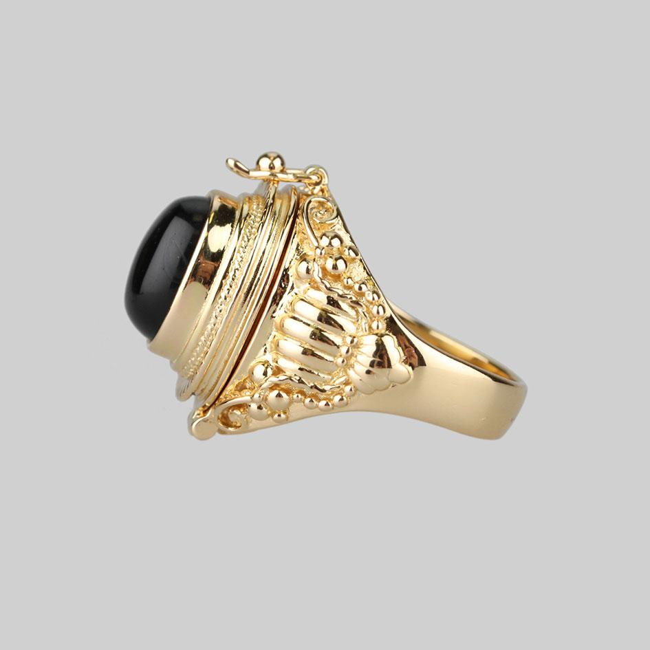 gold trinket poison ring