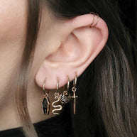 momento mori black heart earring