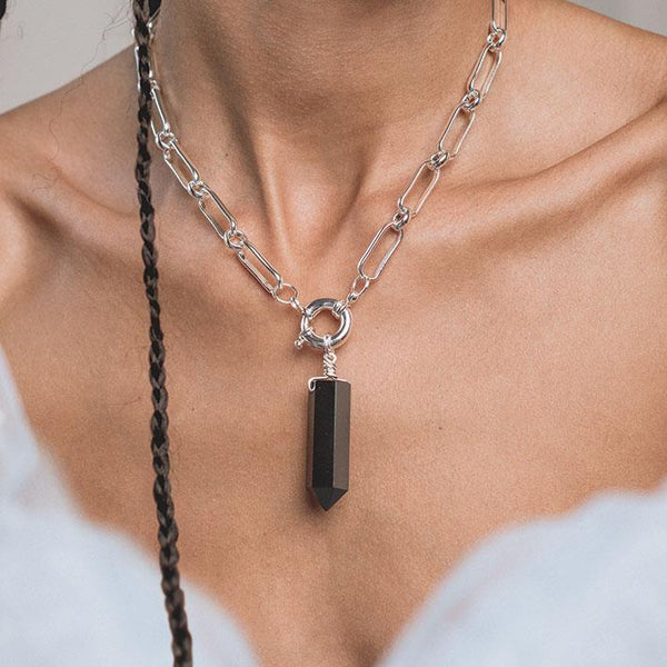 ORA. Black Agate Pendant & Clasp Necklace - SIlver