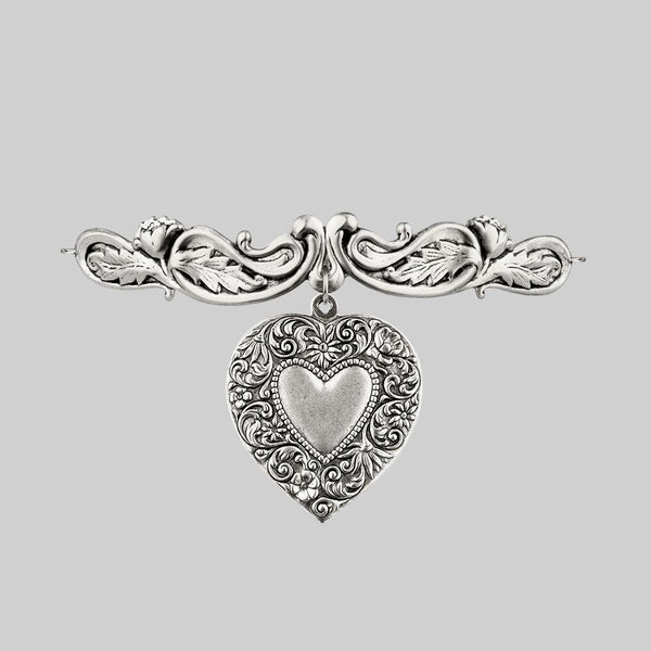 LOVE STRUCK. Ornate Heart Choker - Silver
